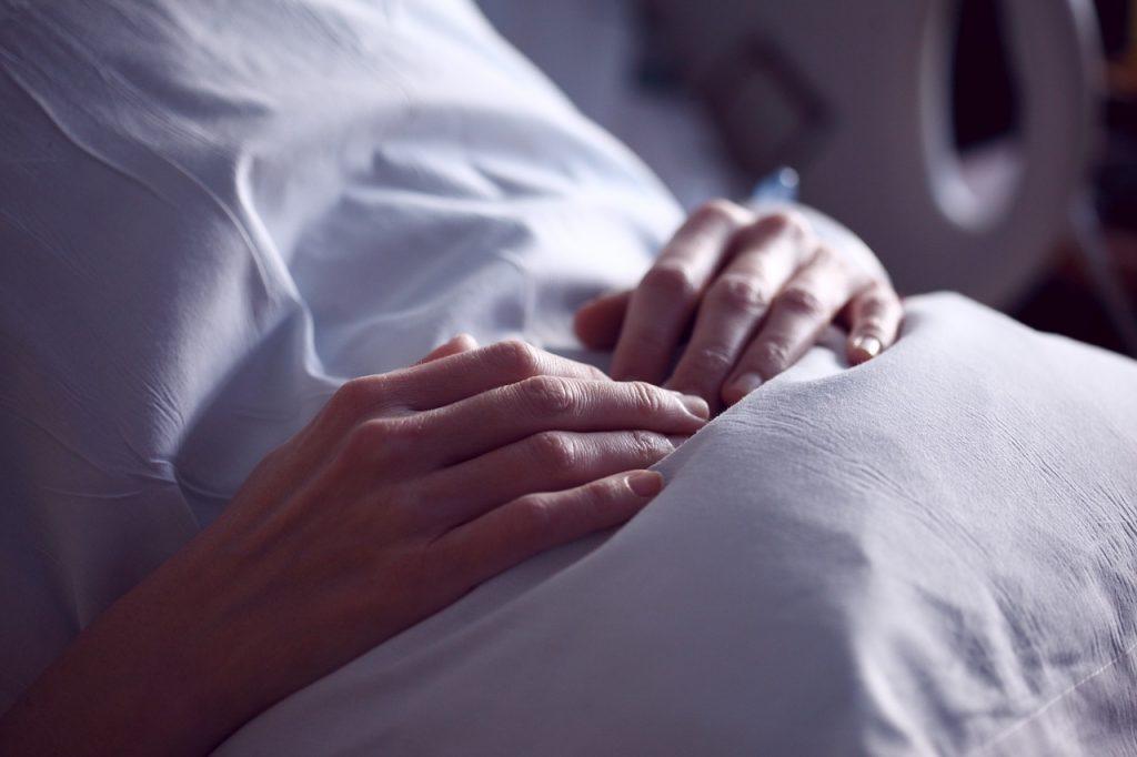 Euthanasie voor mensen die levensmoe zijn, moet dat kunnen?